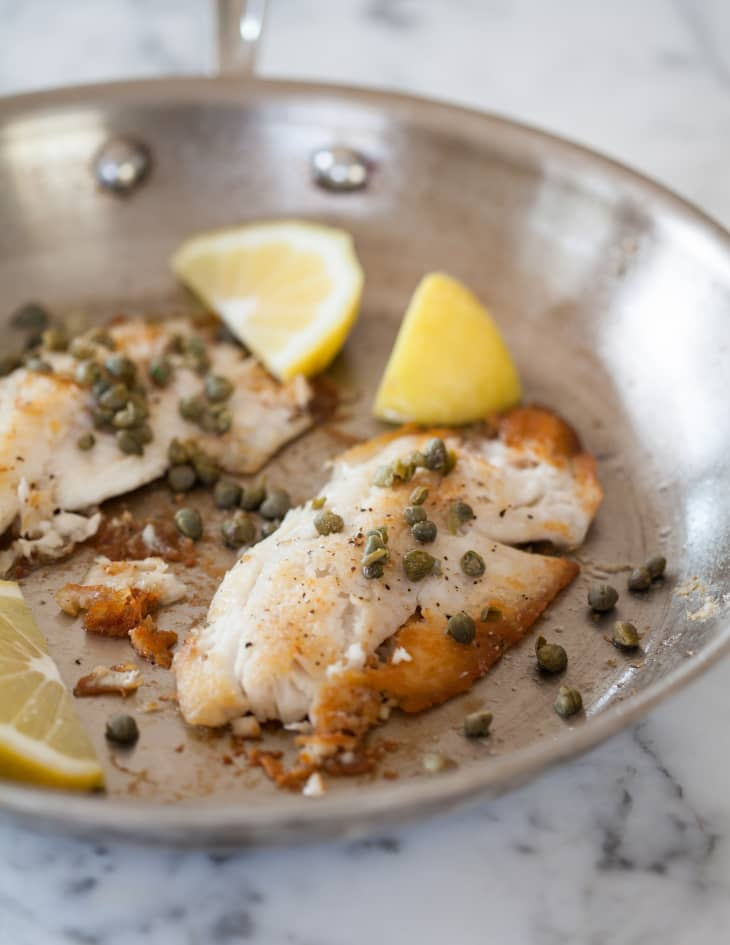 You are currently viewing How To Cook Fish On The Stovetop [EXAMPLE POST]